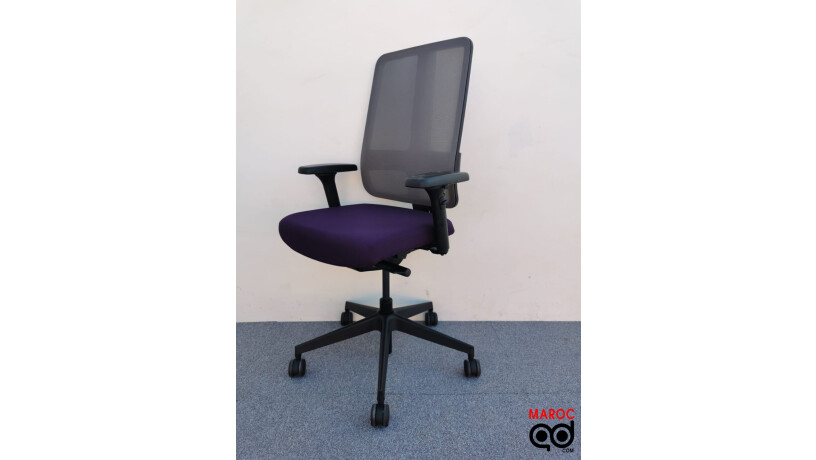 chaise-a-roulette-magencia-violet-big-0